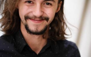 Toni Luster, Schauspieler.