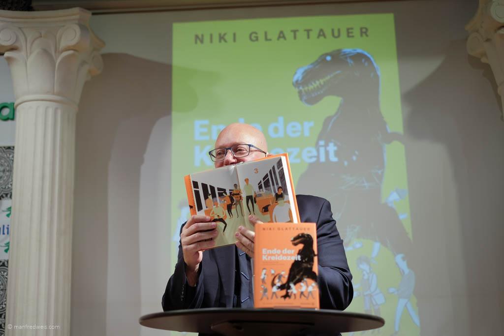 Niki Glattauer, das Ende der Kreidezeit. Brandstätter Verlag.